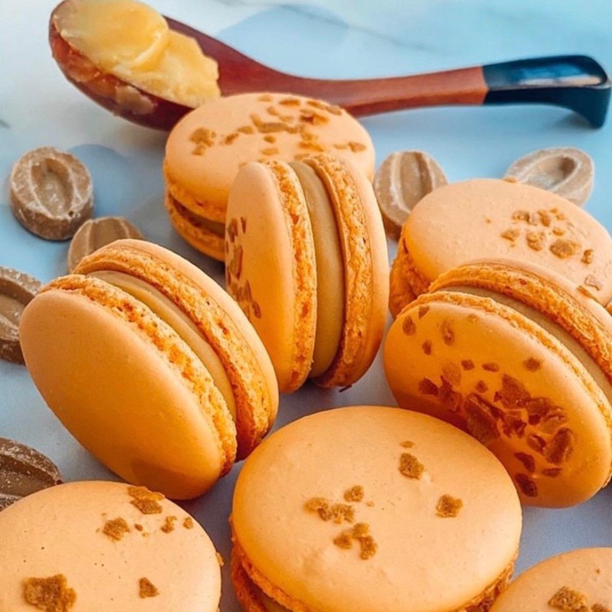 honey macarons