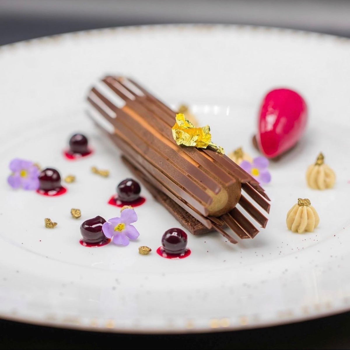 PLATED DESSERTS BY GHAYA F. OLIVEIRA