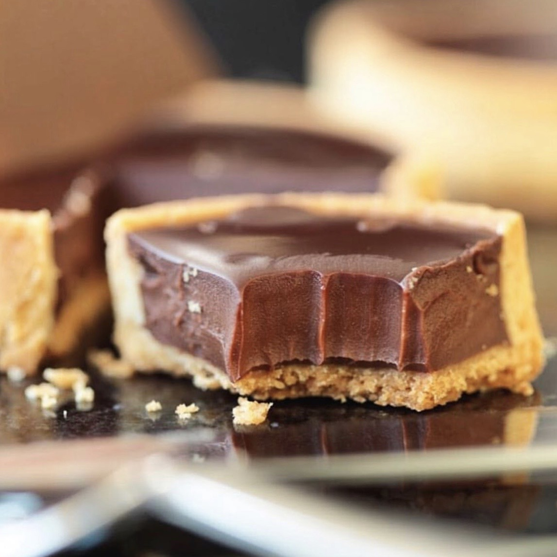 LUXURIOUS CHOCOLATE TART